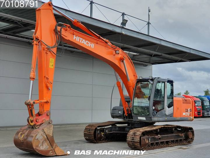Hitachi ZX210LC-3 German dealer machine - 2006