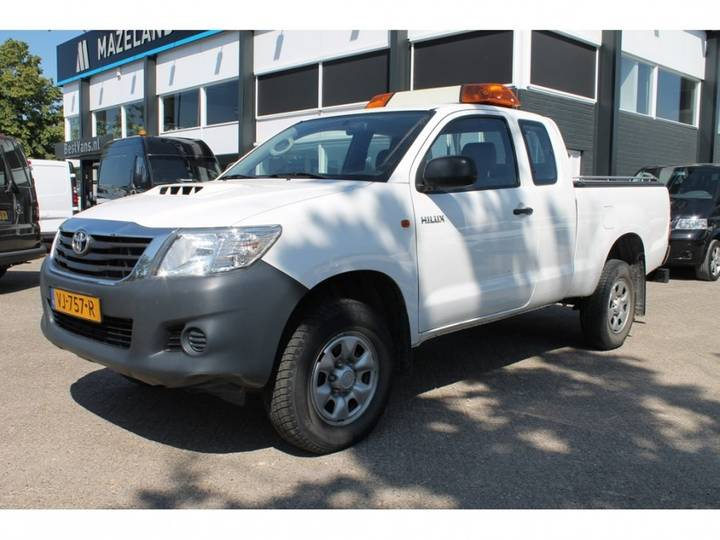 Toyota HiLux 2.5 D-4D Extra Cab - 4X4 - Airco - 2014 - _ 15.900,- - 2014