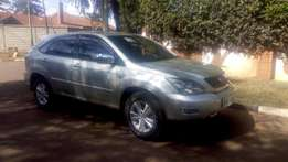 Toyota harrier 4wd very clean in mint condition