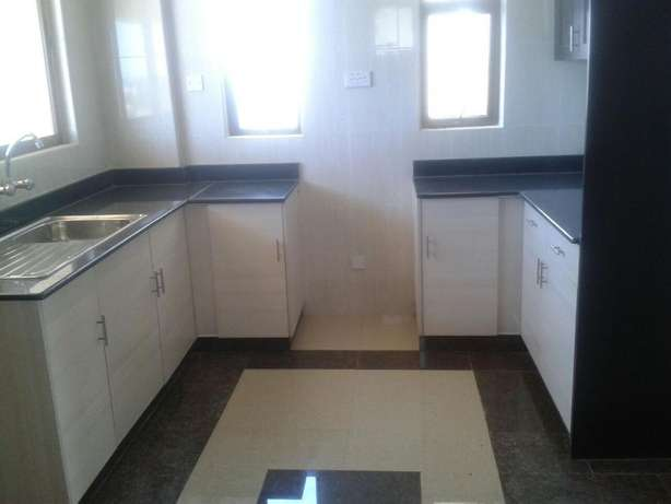 Spacious 3 Bed Apartment behind City mall Nyali Nyali - image 4