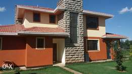 4 bedrooms townhouse at four way junction