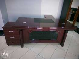 009 WQ Executive Office Durable Table 1.6m
