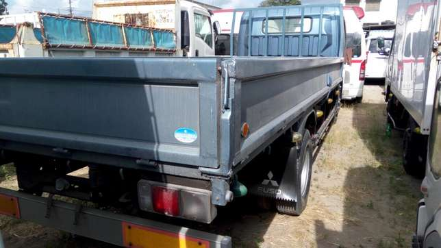 Mitsubishi Fuso Long Chase With Leaf Spring in Front Mombasa Island - image 5
