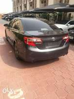 2013 camry Sport Edition with thumb start and reverse camera.