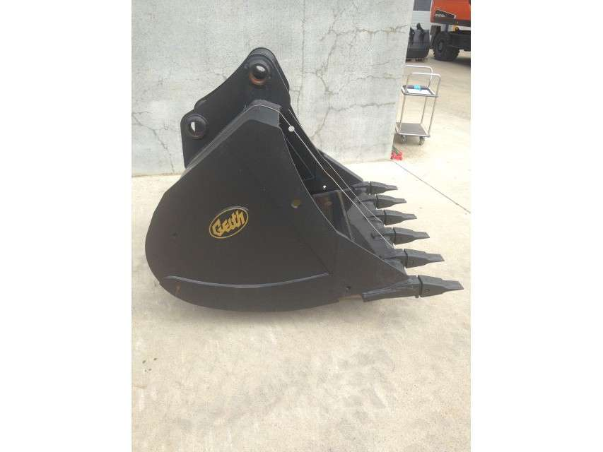 Geith H30-1600 CATERPILLAR 318 / 320 / 322 - JCB 160 / 175 / 18...