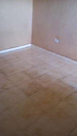 Flat Double at luzira stage six with kitchen en sitting toilet inside Kampala - image 6