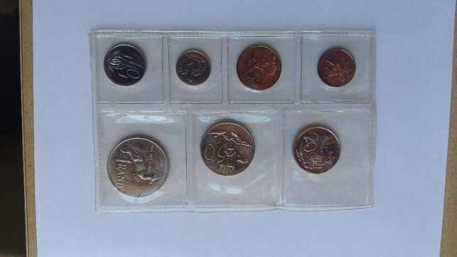 3 x Proof coin sets as from SA Mint : 1989, 1986, 1985 Cape Town - image 2