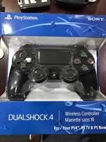 PS4 DUAL Shock 4 controller brand new