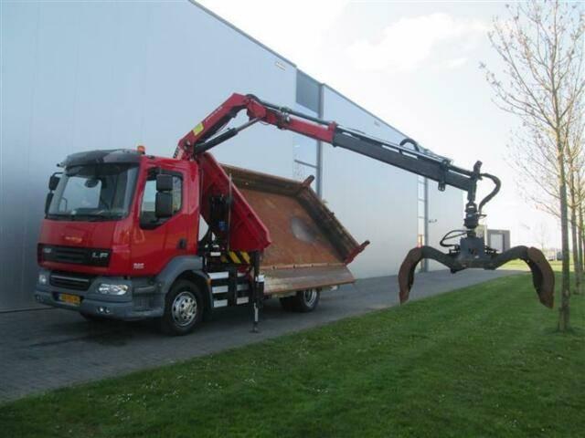 DAF LF55.220 4X2 HMF CRANE EURO 5 - 2011