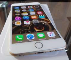 New and unlocked iphone 6s plus 64GIG gold with accessories and receip