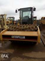 Clean and sound company used caterpillar path foot CS-663E for sale