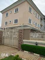 6units of 3br flats in Wuye for sale wit gate house, 100KVA Generator