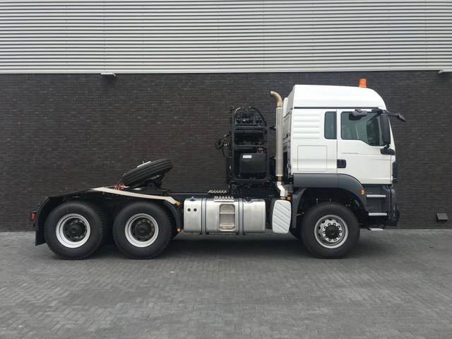MAN TGS 40 540 6X6 WSK HEAVY DUTY TRACTOR 250.000 KG - image 4