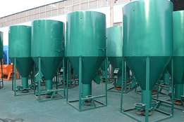 Livestock Feed Grinding / Mixing Machines for sale