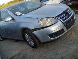 Vw jetta 5 1.9tdi 2098 with papers stripping for spares 2008
