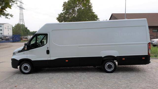 Iveco Daily 35 S 13 Hochdach 3950 1Hand*Klima - 2015