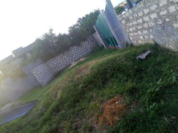 For sale 20 units of bedsittr in Bamburi and additional land beside it Bamburi - image 3