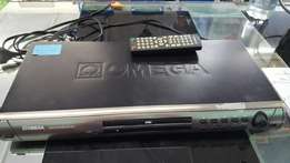 Omega DVD player + remote control