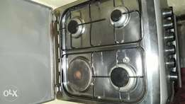 Very good gas oven and gas stoves works perfectly with cylinder