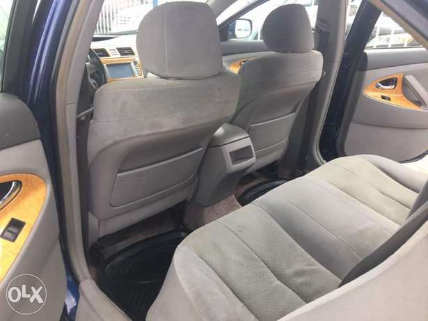 Super clean 2008 naija used Toyota Camry LE for 1.9m Lagos Mainland - image 6