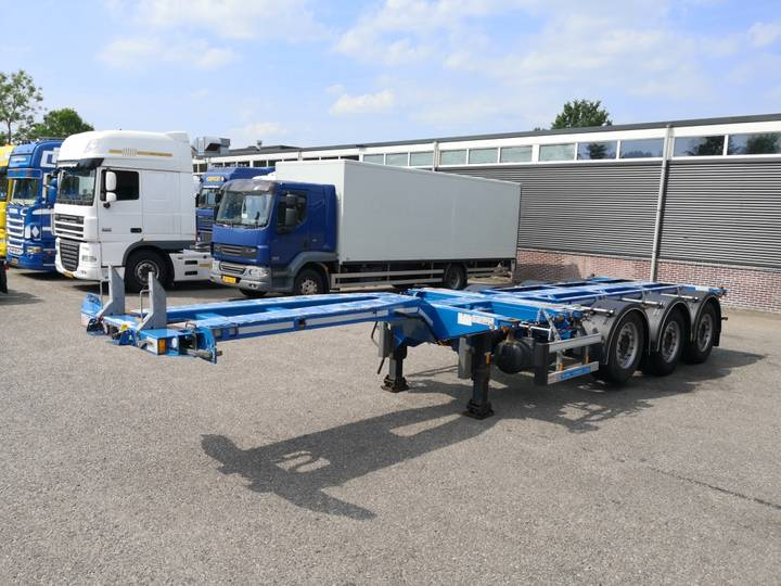 D-tec FLEXITRAILER MULTI MB-assen Schijfremmen Lift-as 09/2019 APK - 2015