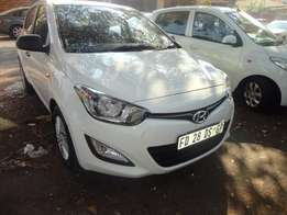 Hyundai i20 1.6Gls 2014 is going for sale in South Africa