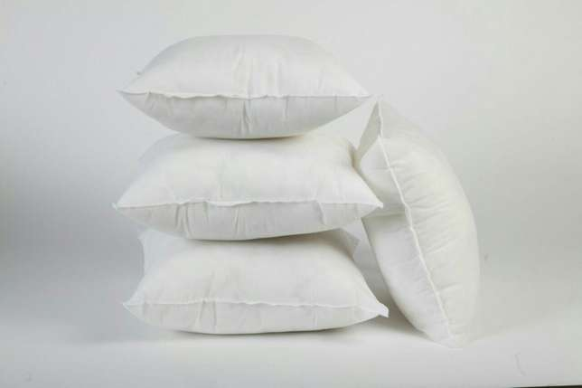 Pillows Utange - image 2