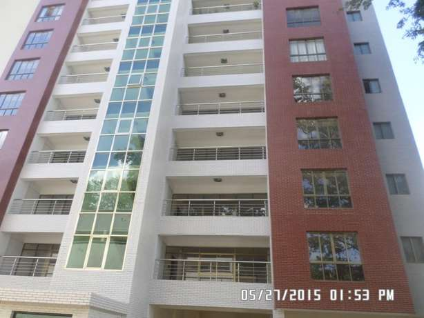 A 3 bed apartment all en-suite with SQ for rent close to the Junction Lavington - image 8