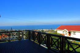 Great 3 bedroom house with pool in Uvongo, Margate, South Coast