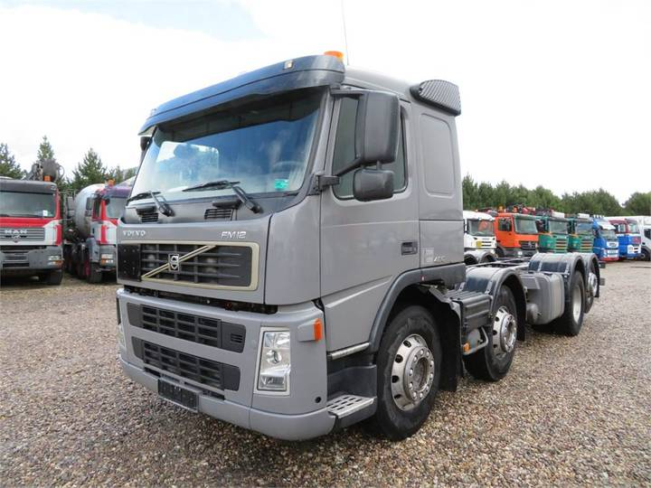 Volvo Fm12-420 8x2*6 Chassis - 2004