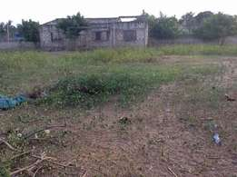 Land with 3bd in complete house for sale in kilifi county The details