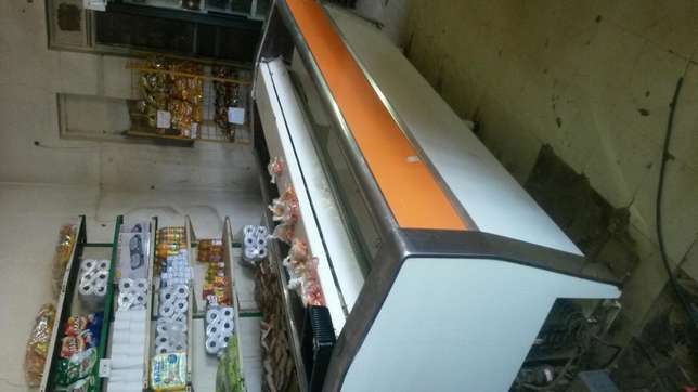 Island freezer good work in condition Hartbeespoort - image 1