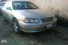 Camry LE 2001