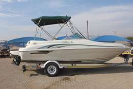 Searay 210 Sundeck with 5.7 L Mercruiser inboard