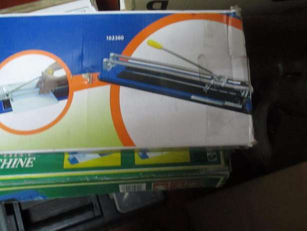 brand new in the box 600 mm Tile Cutter for a barg price R1100 nego Pretoria East - image 1