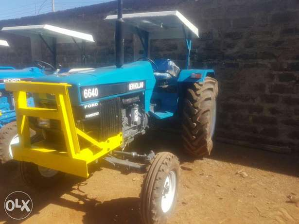 Tractor newholland 6640 powerstar Elgonview - image 1
