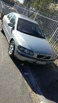 Selling Volvo s60 2.4t