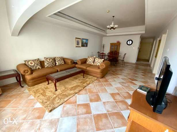 Spacious 2BR apartment for rent/pools/gym/wifi/gas stove/housekeeping