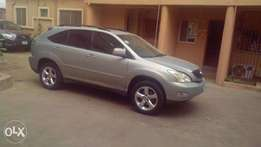 A clean registered Toyota Rs330 for sale, 2005, 3months used