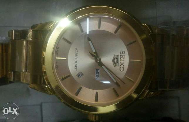 Seiko 5 gents watches in gold and silver bracelet,at 4500ksh. Nairobi CBD - image 4
