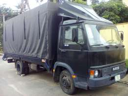 Fully Covered Truck For Sale