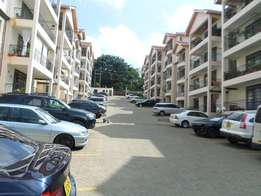 Spacious 3bd master ensuite dsq pool gym Borehole to let lavington