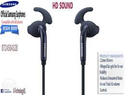 OFFICIAL SAMSUNG Earphones with Stereo & HD sound. Delivery Available