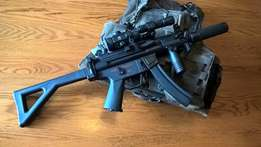 MP5 PDW CYMA Full Metal Upgraded AEG and Accesories
