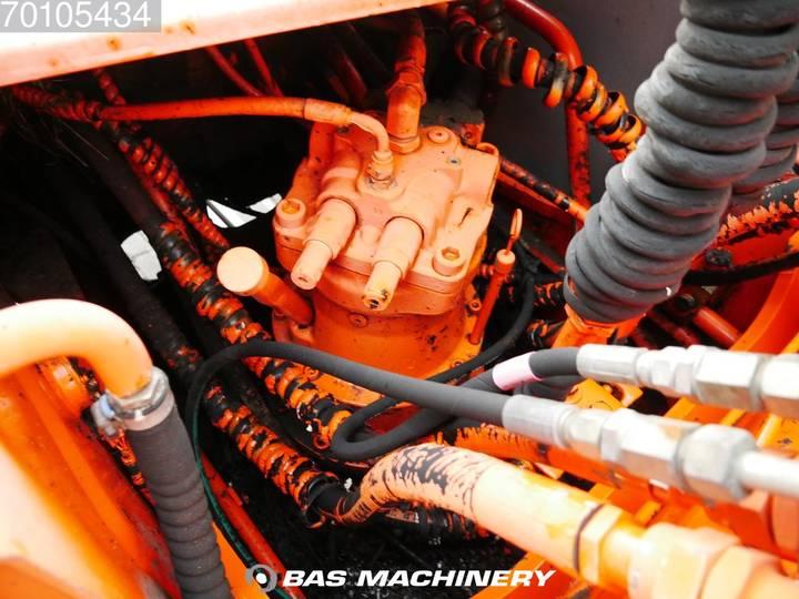 Hitachi EX165 German Dealer Machine - 2002 - image 12