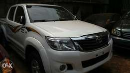 First Body Registered Toyota Hilux 2013 *Manual*