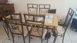 Price drop! Dining room Set with side table