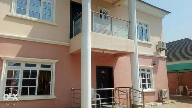 Newly renovated 2 bedroom flat at CRD Lugbe - image 5