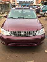 clean used 2002 Toyota Avalon firstbody