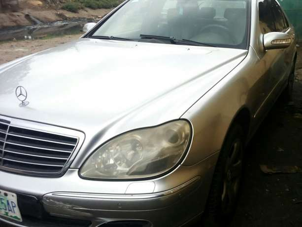 Super neat first Body Mercedes Benz S500 at give away price Surulere - image 3